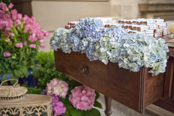 Casarei em bras lia hort nsias a ltima moda nas - Decoracion con hortensias ...