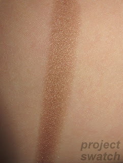 L'oreal Gilded Bronze - swatch