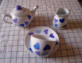 painted teapot – christmas tutorial