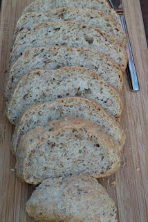 Luchtig volkorenbrood met pitjes en zaden