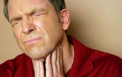 mengatasi akit tenggorokan, mengobati nyeri tenggorokan, sakit tenggorokan, Tips,