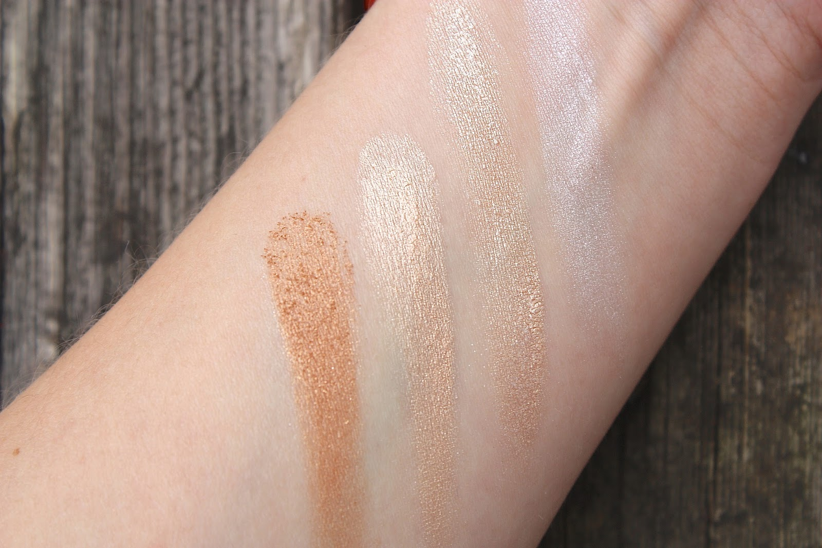 Sleek's Highlighting Palette Swatches