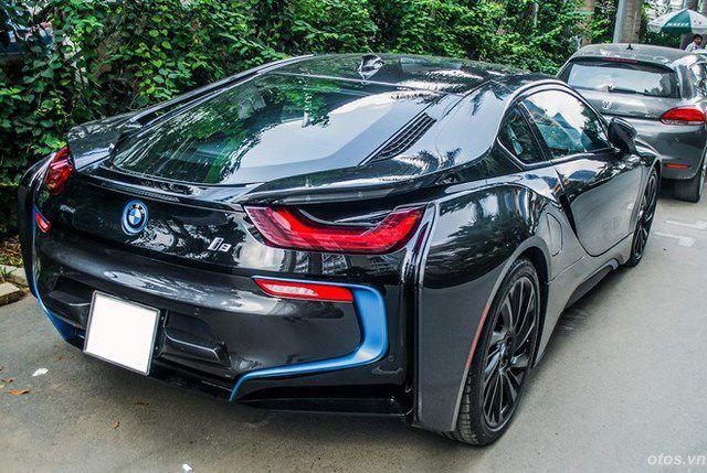 Xe thể thao BMW i8 ấn tượng với bộ mâm mới