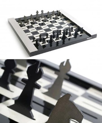 Cool and Unusual Chess Sets (15) 6
