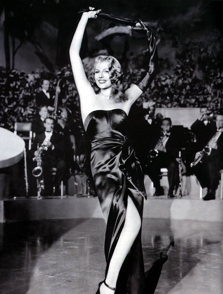 http://2.bp.blogspot.com/-ailaPHq4Pws/TzuBmkgTuWI/AAAAAAAAmRg/l2QF8ZY4b-A/s1600/Rita-Hayworth-gilda-1946.jpg