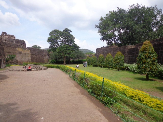 Beautiful Interiors of Daulatabad Fort