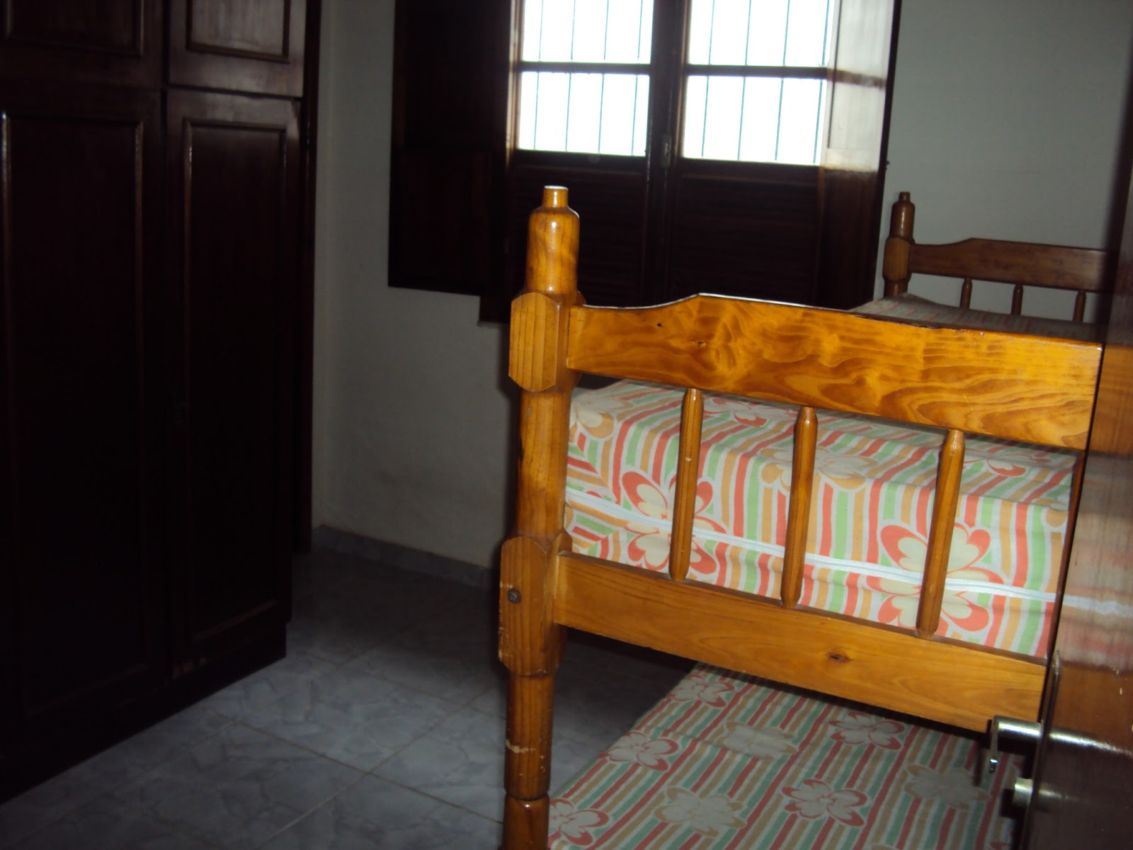 : Casa com 3 quartos sendo um suite no melhor local de Areal REF 06 #B77214 1600 1200