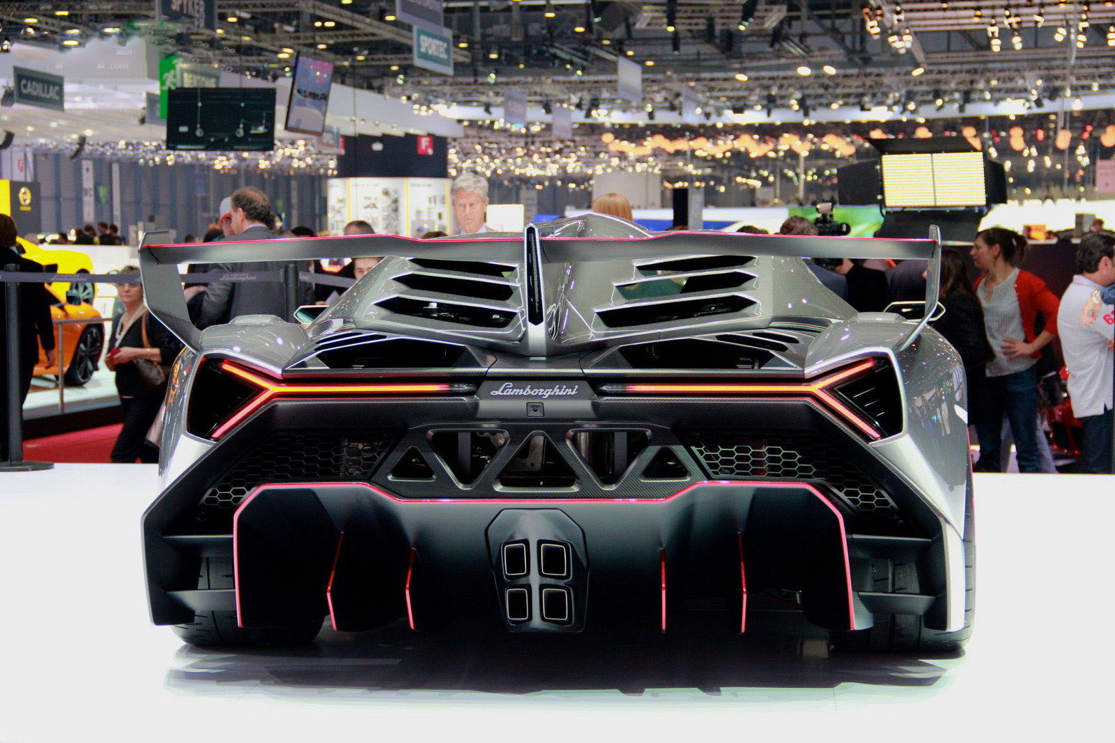 carro on Lamborghini Veneno 2013