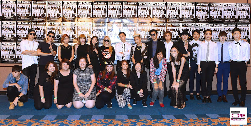 YG Family with Fans in Singapore (140912) [PHOTOS]  YG Family with Fans in Singapore (140912) [PHOTOS]