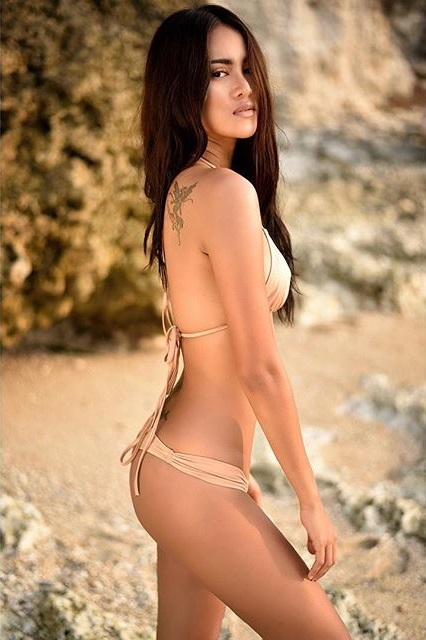 photoshoot hot koleksi foto hot laras monca sexy model igo