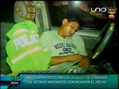 Pareja de supuestos policias mantuvieron relaciones sexuales en la calle y se durmieron