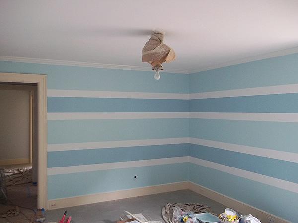 Painting horizontal stripe pattern on walls everything i for Painting horizontal stripes on walls tips