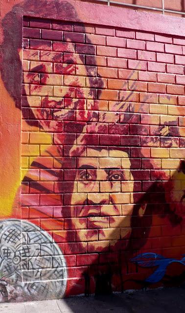 street art in santiago de chile plaza brasil arte callejero
