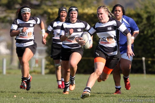 With ball: Gemma Woods, Hawke's Bay Tuis - rugby vs Auckland Storm, in the Tuis' first NPC game of the season. photograph