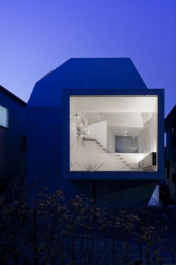 Modern form of architecture japanese house gallery for Modern house design japan