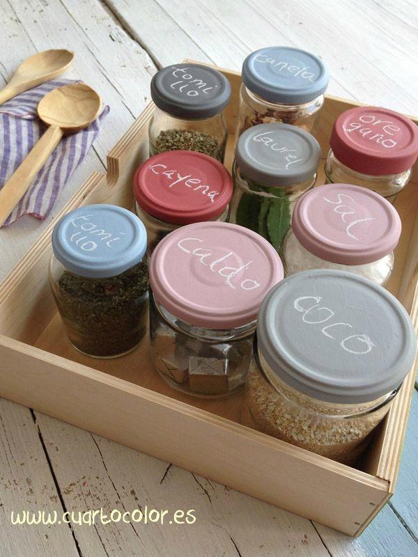 12 originales y sencillas ideas para reciclar tarros de for Reciclar frascos de vidrio de cafe