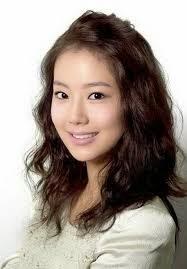 Model Rambut Wanita Sebahu Ala Korea 25