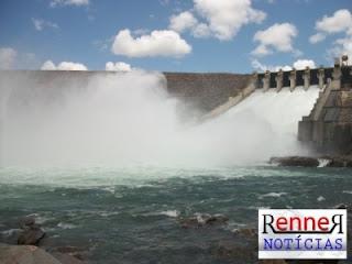 Com nível do rio São Francisco subindo, comportas poderão ser abertas em Xingó