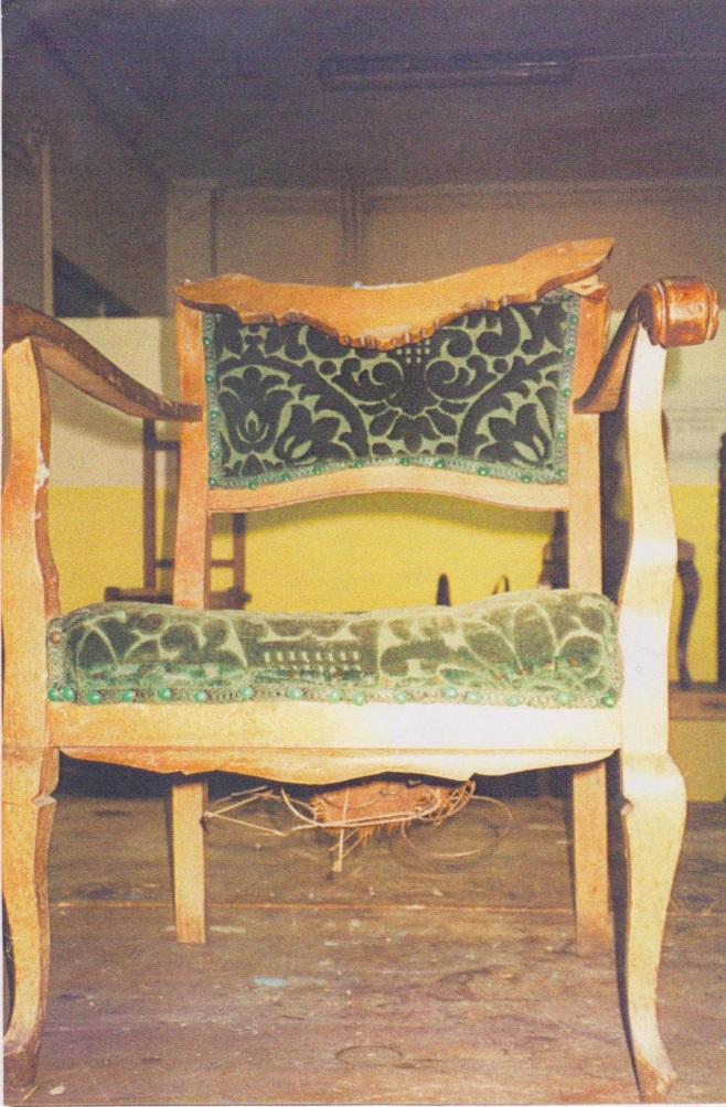 Restauracin muebles antiguos muebles antiguos foto de for Sillas escritorio zaragoza