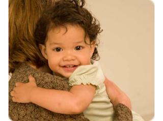 Bayi Usia 10 - 11 Bulan