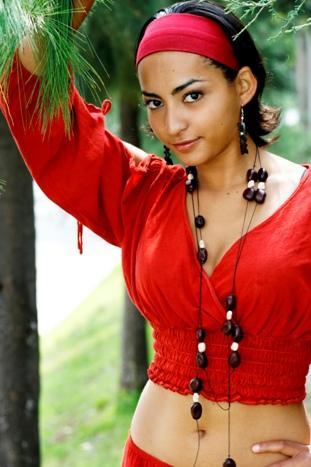 порно актриса майя