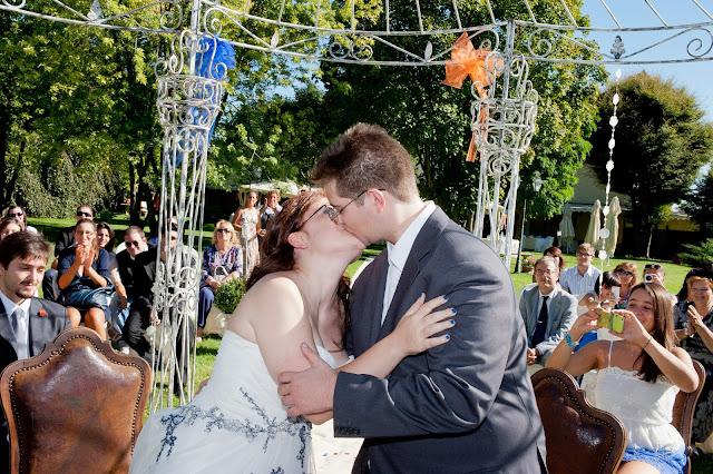 matrimonio con lo sponsor chiara e maurizio bacio cerimonia