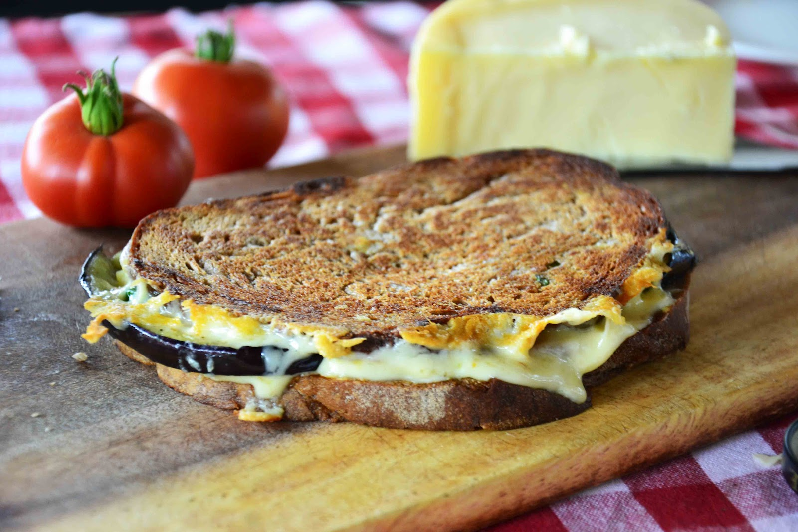 The eccentric Cook: Eggplant-Basil Grilled Cheese on Rye