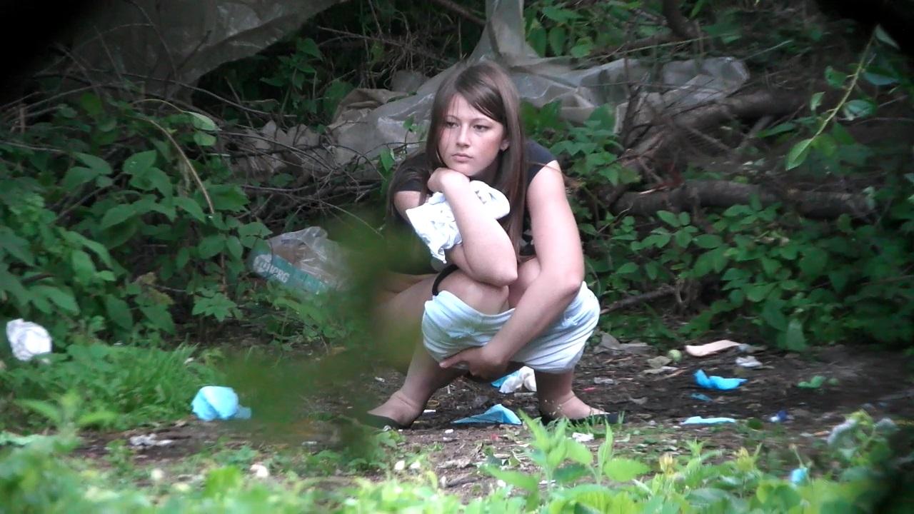 Voyeur Zone: Women pee in the bushes 7