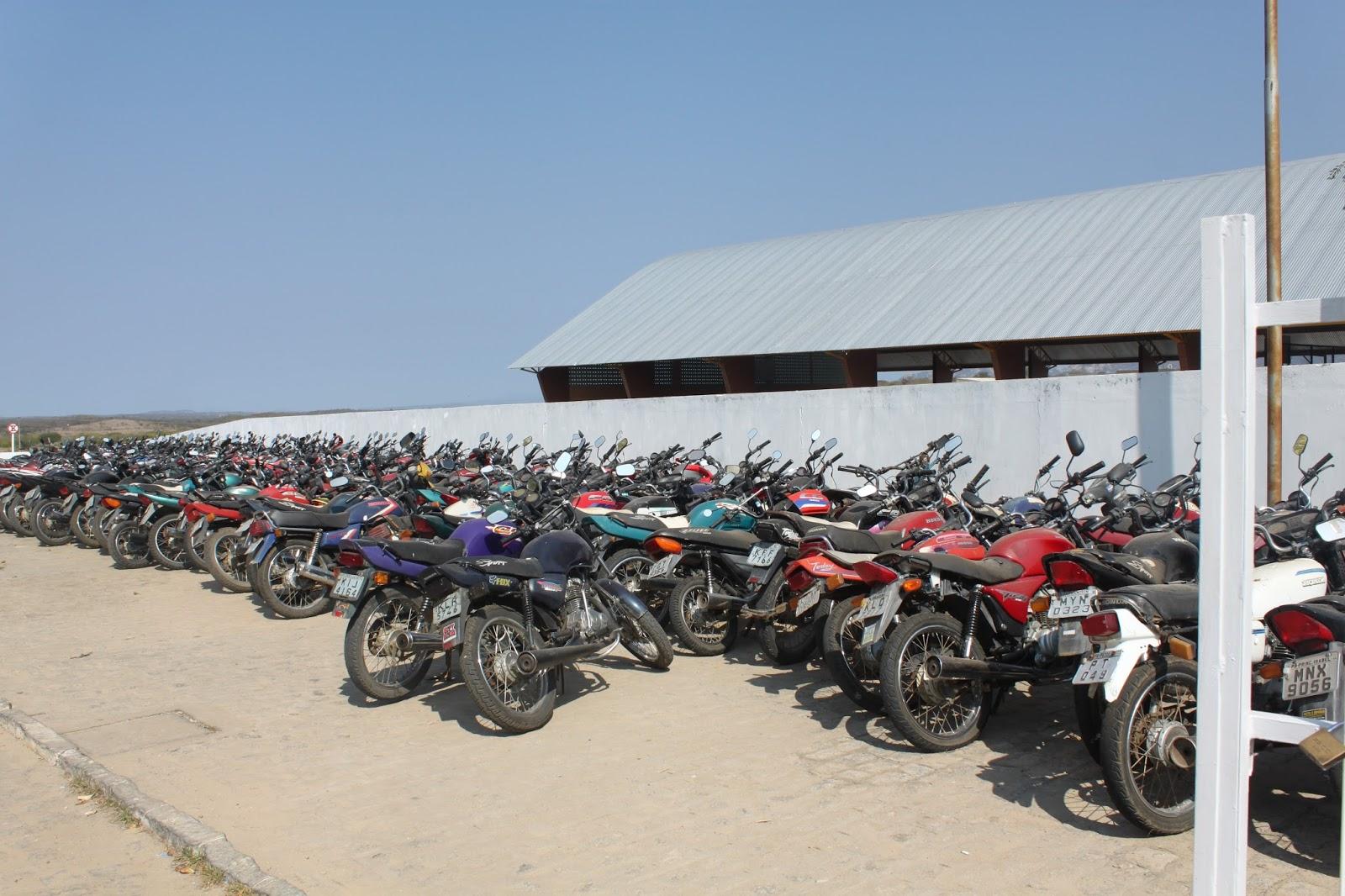 Resultado de imagem para motos apreendidas afogados da ingazeira ciretran