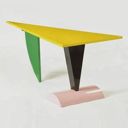 une table basse offre une touche personnalis e id e d co. Black Bedroom Furniture Sets. Home Design Ideas
