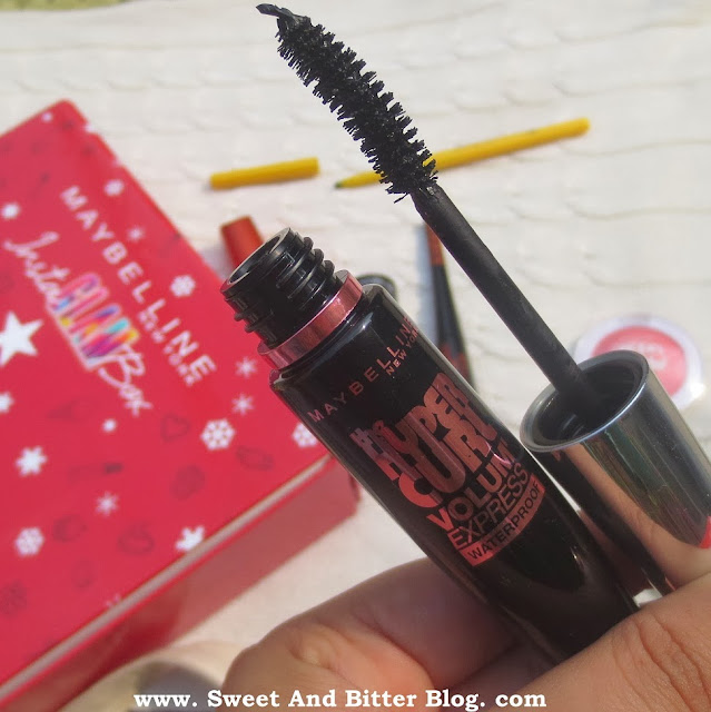 Maybelline Volum Express Hyper Curl Mascara