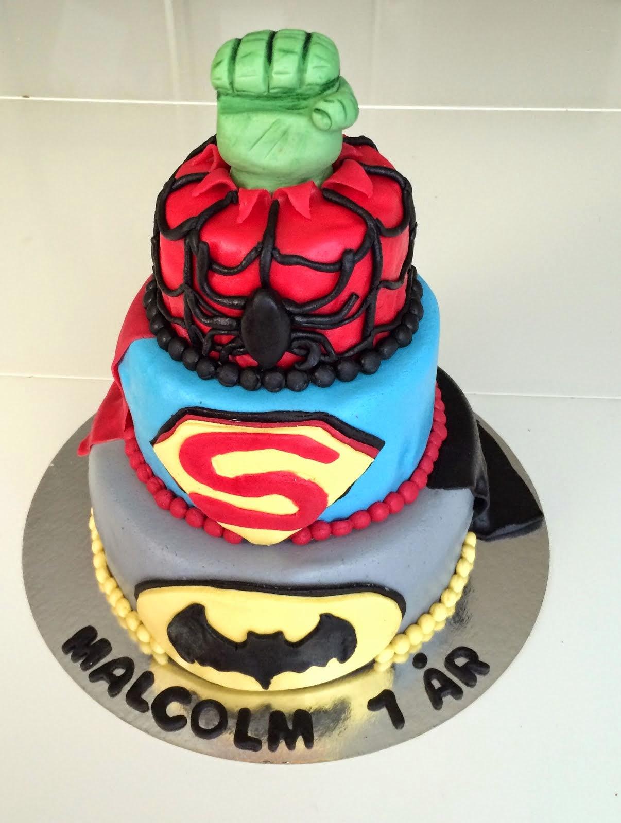 Superhjältetårta sept 2014