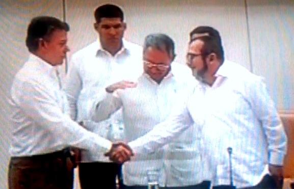Diálogos de paz: Gobierno Santos y Farc-Ep firman acuerdo de justicia transicional en Cúba « #caracolnoticias ☼ video - CúcutaNOTICIAS