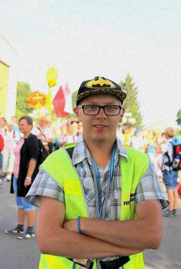 ADMINISTRATOR STRONY ORAZ PROFILU NA FACEBOOKU