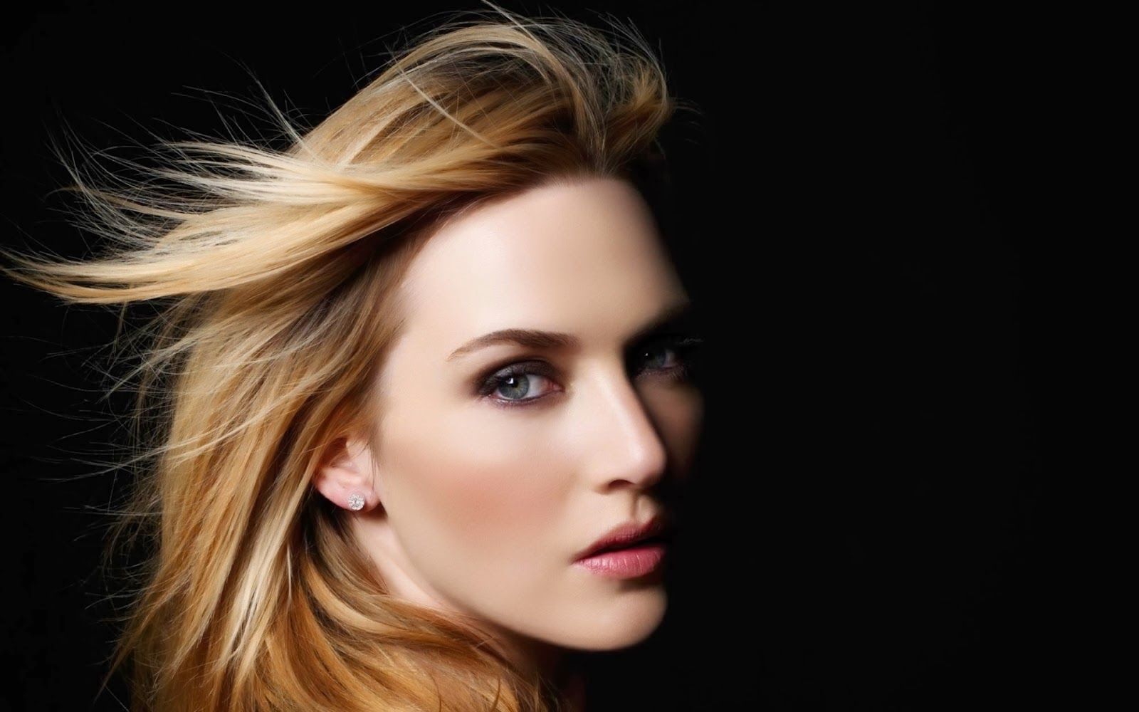 Kate Winslet hot hd wallpaper for desktop