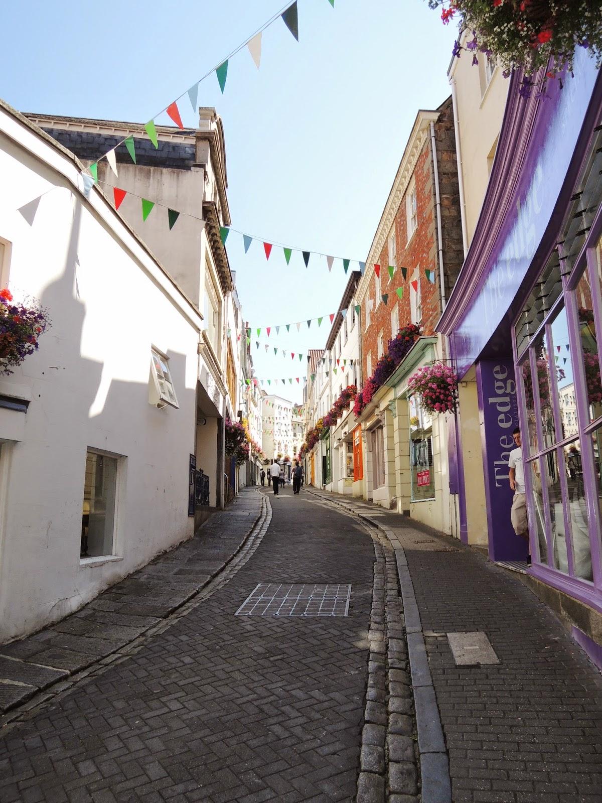 Guernsey Island, Mill Street
