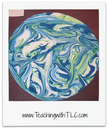 http://www.teachingwithtlc.com/2012/04/create-marbled-eggs-with-shaving-cream.html