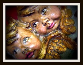 angelotes en la feria de desembalaje 2013 en el BEC-