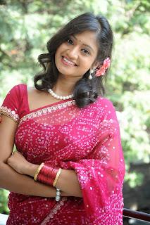 Sandeepthi pink saree Pictures 010.jpg