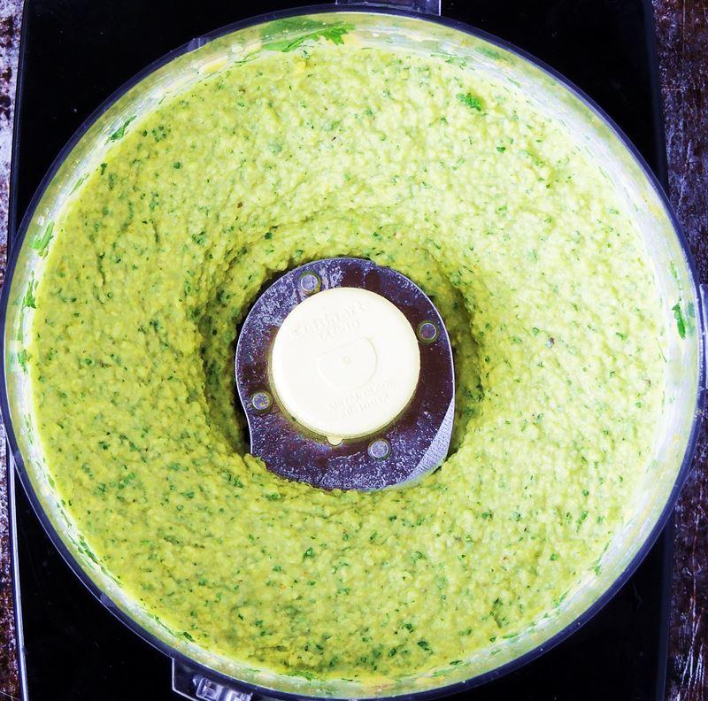 how to make keto hummus