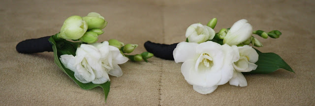 White Boutonnière - Franklin Plaza - Splendid Stems Event Florals