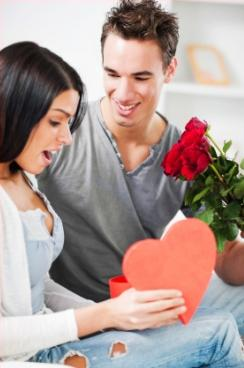 Valentines Day Ideas & Gifts - man woman - girlfriend - boyfriend