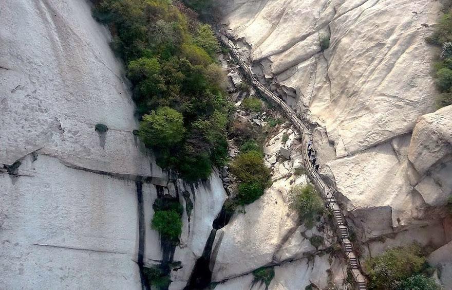 Conheça a trilha mais perigosas do mundo: Trilha da morte