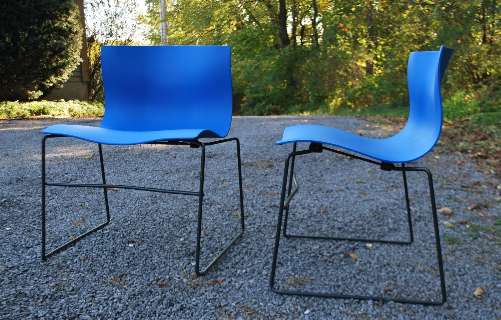 Vignelli Designu0027s 1985 Handkerchief Stacking Chair Features A Graciously  Scaled,