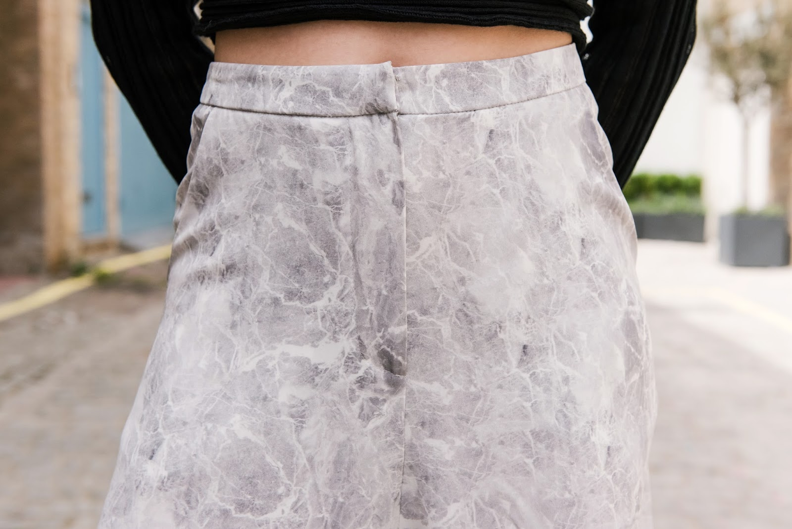 marble print, ioanna kourbela, v society, silk culottes, greek fashion, greek designers, virginia tzioti
