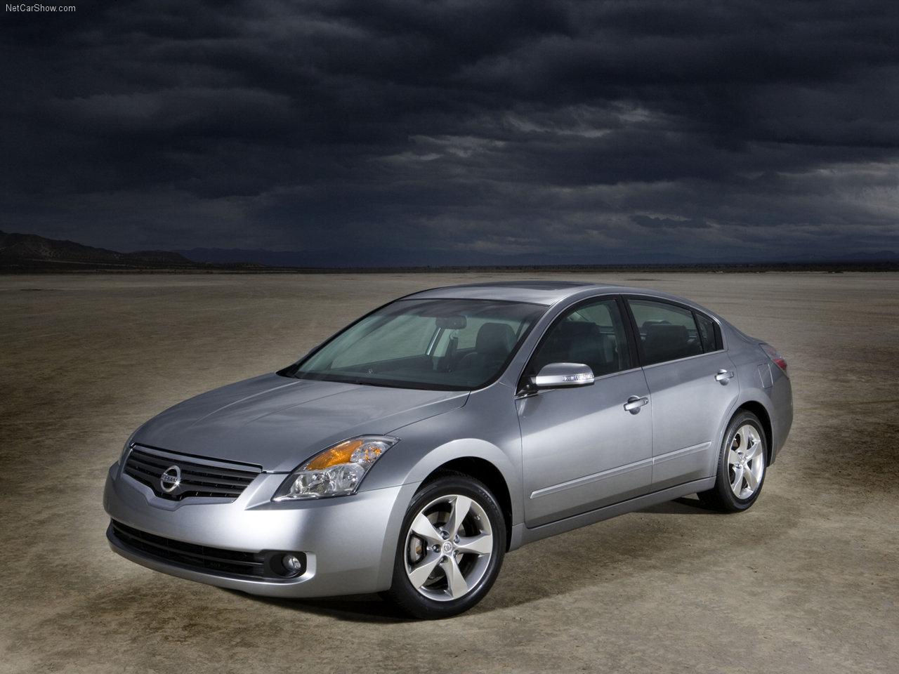 http://2.bp.blogspot.com/-anCqZL2_sS8/TXR_aD57r1I/AAAAAAAADns/6kW5EzRvRzg/s1600/Nissan-Altima_2007_1280x960_wallpaper_04.jpg