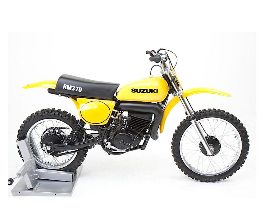 Racing Caf    Suzuki RM 370 1977