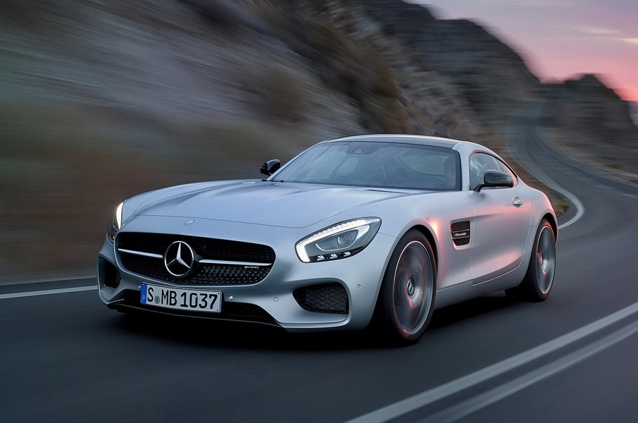 Mercedes benz opts out of 10 million super bowl 50 spot for 2 5 million mercedes benz