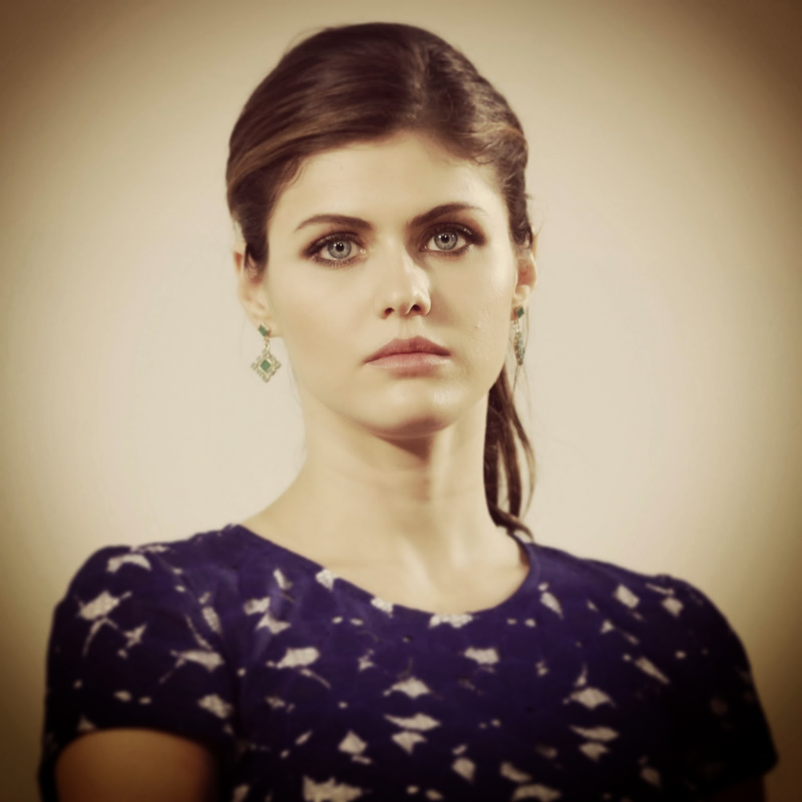 alexandra daddario hd wallpapers | hd wallpaper for your pc and