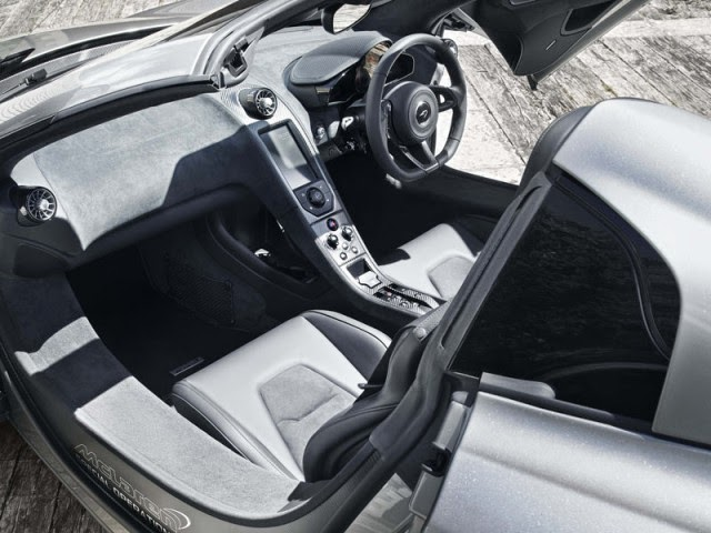 2015 McLaren MSO 650S Coupe and Spider interior